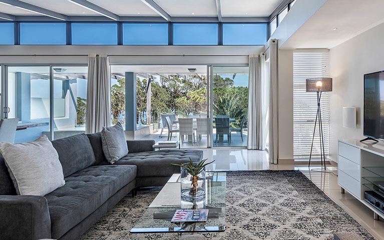 blue-views-villas-penthouse-3-mobile-1