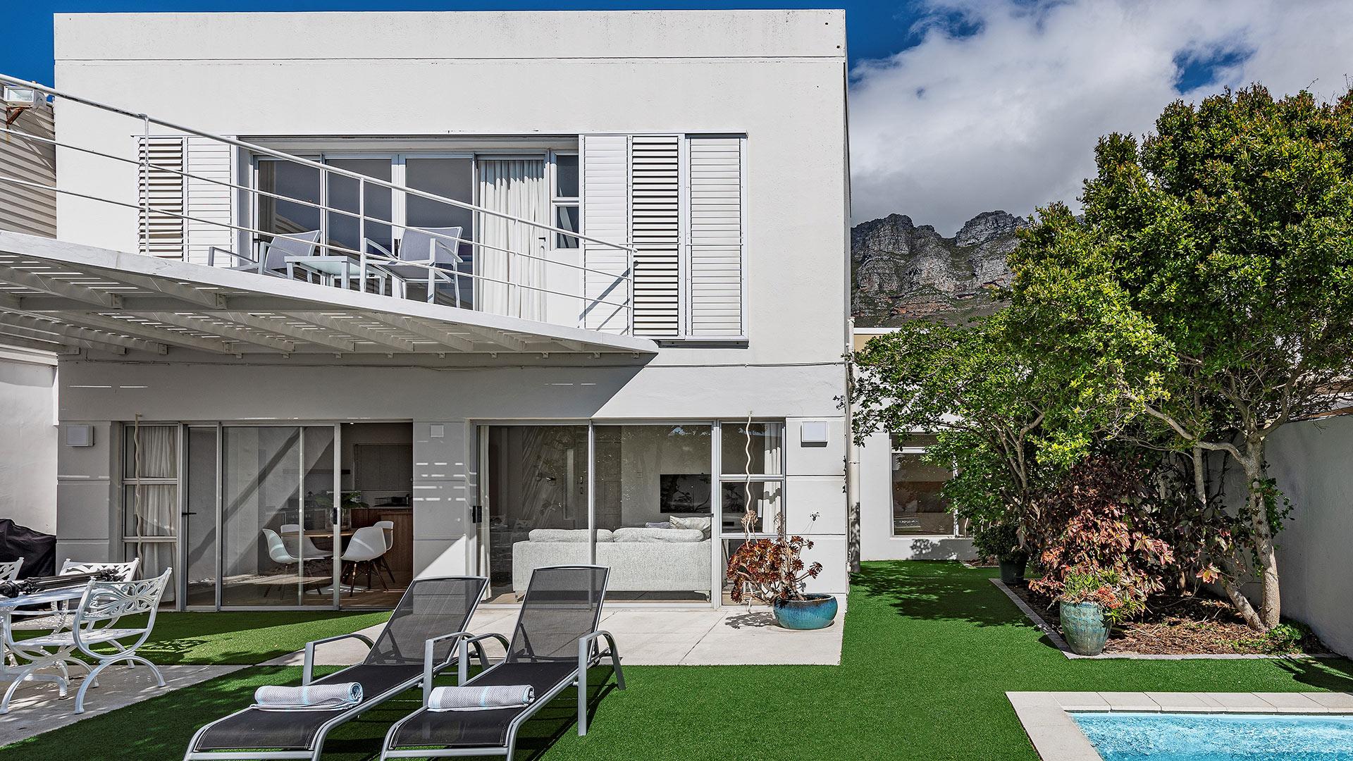 blue-views-villas-cottage-1