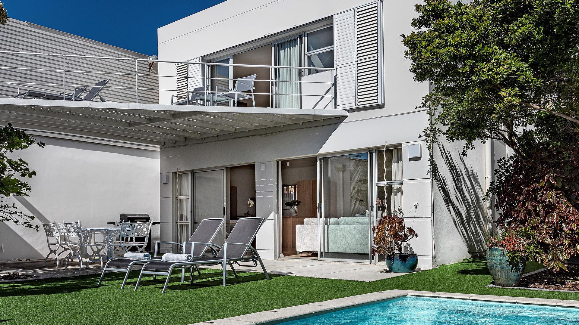 blue-views-villas-cottage-2