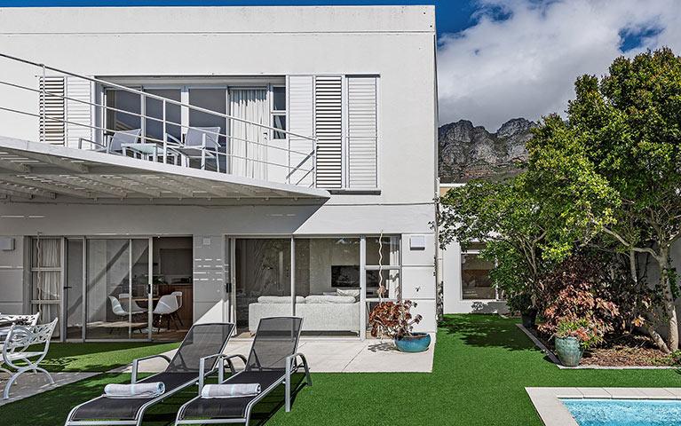 blue-views-villas-cottage-mobile-1