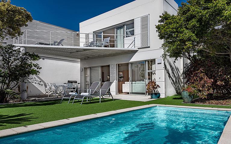 blue-views-villas-cottage-mobile-3