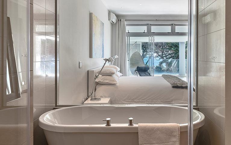 blue-views-villas-penthouse-4-mobile-3