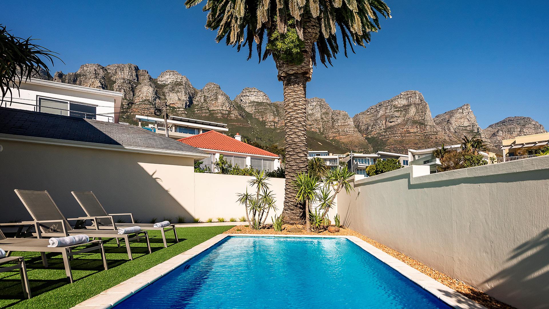blue-views-villas-place-11