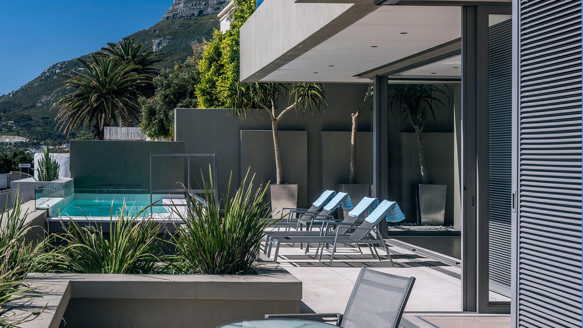 blue-views-villas-residence-11