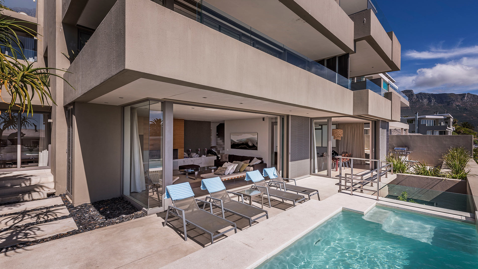 blue-views-villas-residence-7