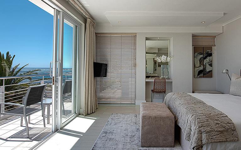 blue-views-villas-terrace-mobile-4