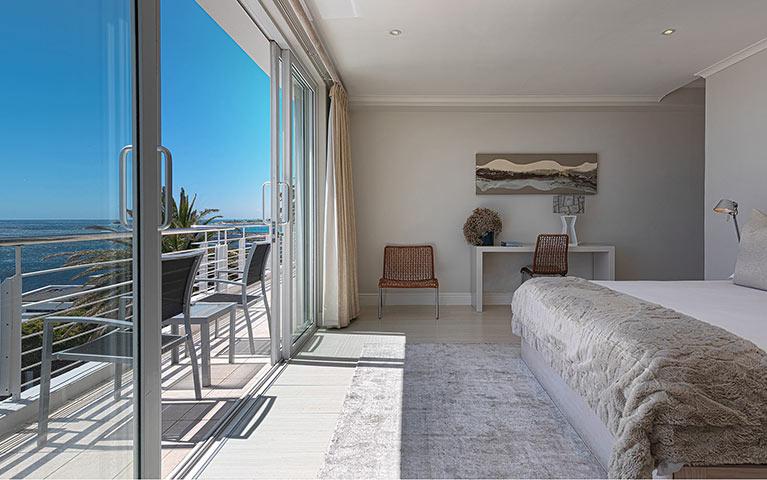 blue-views-villas-terrace-mobile-5